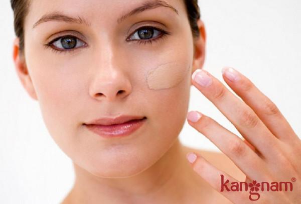 Duy trì dưỡng ẩm hằng ngày để cải thiện làn da