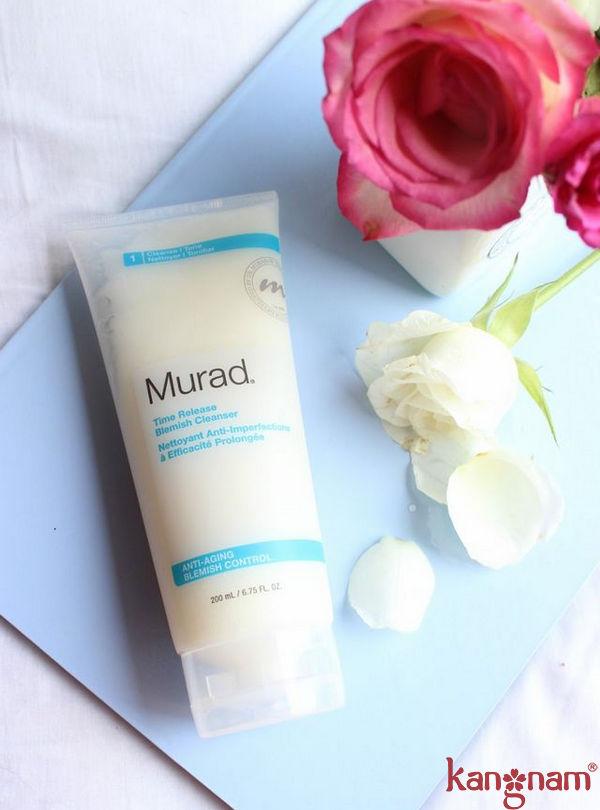Sữa rửa mặt Murad có chức năng giảm mụn và giữ cho da luôn mềm mịn
