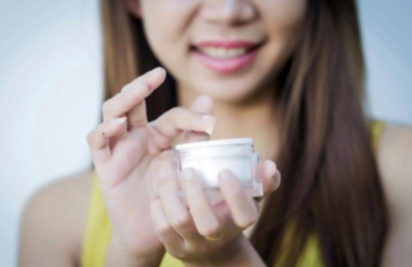 Sử dụng kem dưỡng ẩm trong ngày hè cho da