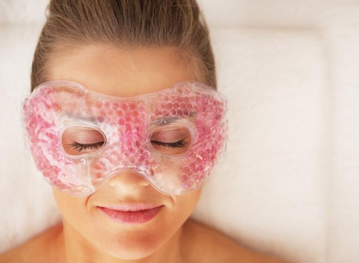 Chăm sóc vùng da quanh mắt là cần thiết