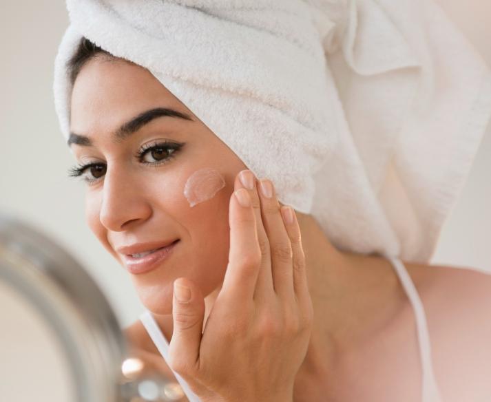 Dưỡng ẩm là bước 2 quan trọng cho da mềm mại