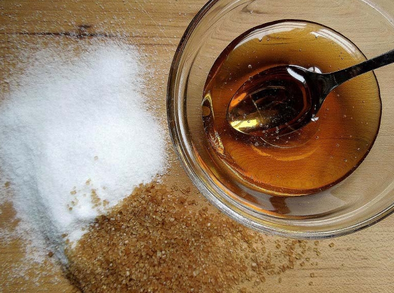 Tẩy tế bào chết từ đường, lô hội, dầu dừa