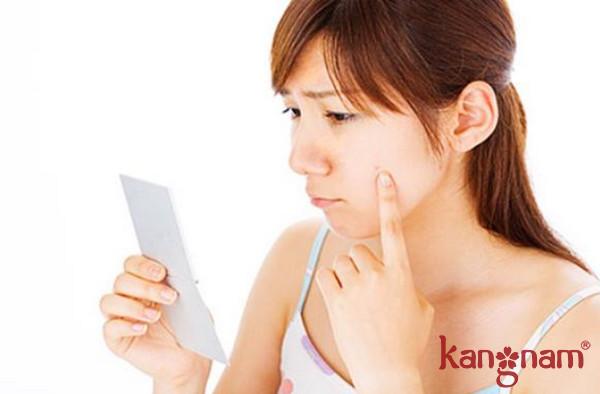 Giữ mặt sạch để không bị nhiễm khuẩn gây mụn
