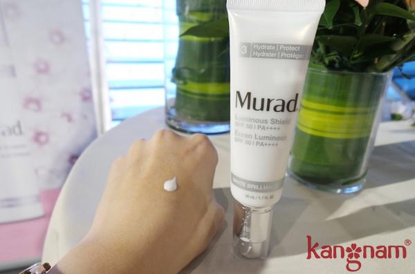 kem dưỡng trắng da Murad giá bao nhiêu