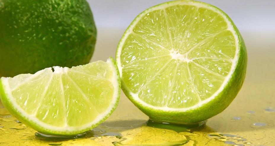 Nước cốt chanh ngăn ngừa sẹo thâm hiệu quả