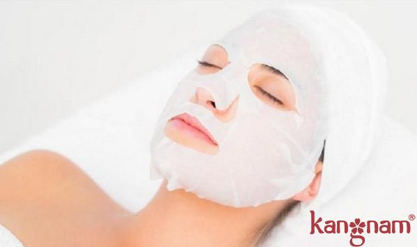 làm gì khi da mặt bị khô sần