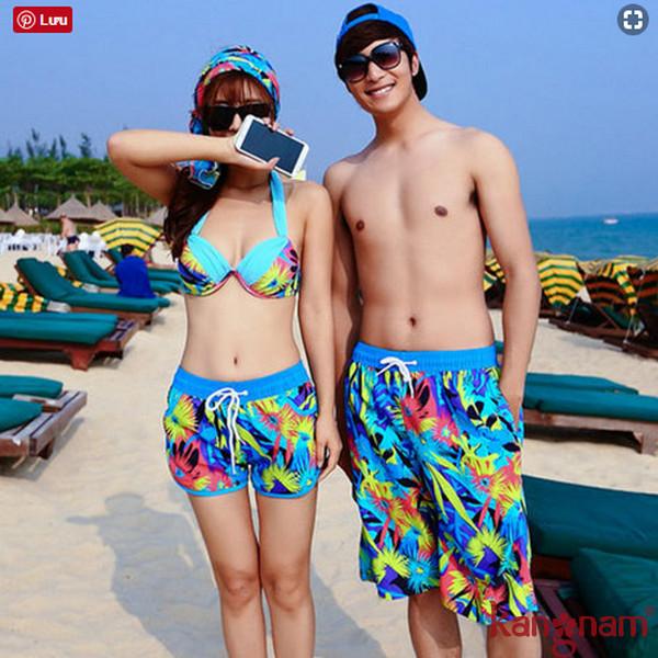 Bikini là trang phục cần thiết trong mỗi dịp du lịch đi biển