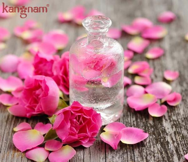 lựa chọn nước hoa hồng PHÙ HỢP với từng loại da