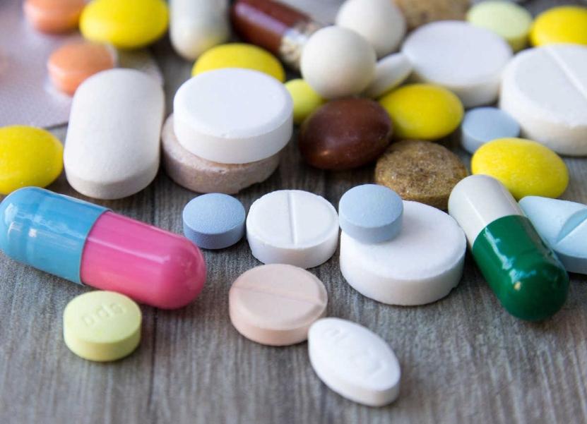 Thuốc kháng sinh cũng là thành phần trong sản phẩm trị mụn