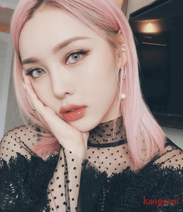 xu-huong-trang-diem-2019-04.png